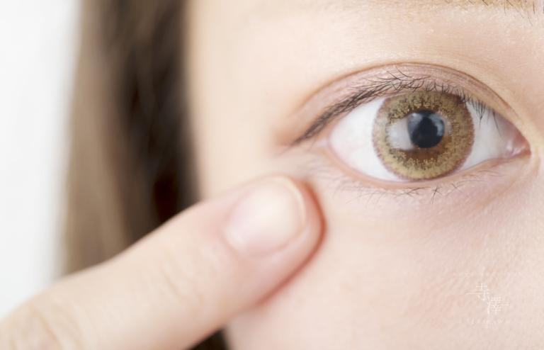 目や目元の日焼け・乾燥対策